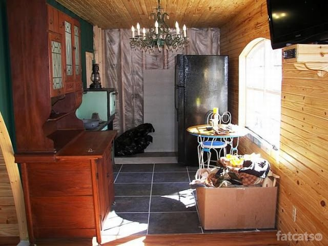http://fatcats.ru/uploads/posts/2011-07/1311746037_container-house-19.jpg