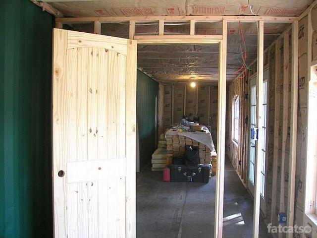 http://fatcats.ru/uploads/posts/2011-07/1311746062_container-house-81.jpg